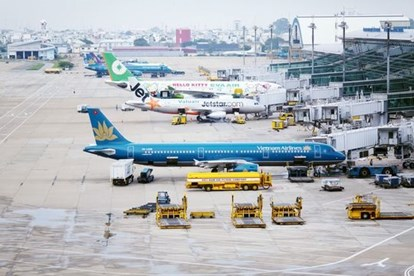 Thông báo về tình trạng ách tắc hàng không và giải pháp của Fadoexpress